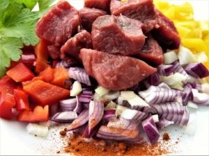 Rindsgulasch einkochen Rezept
