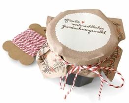 25 Marmeladendeckchen - offizielles weihnachtliches Grundnahrungsmittel - Gläserdeckchen beige für Marmelade, Marmeladengläser & Einmachgläser, Recyclingpapier Abreißblock + 10 m Garn + Justiergummi - 1